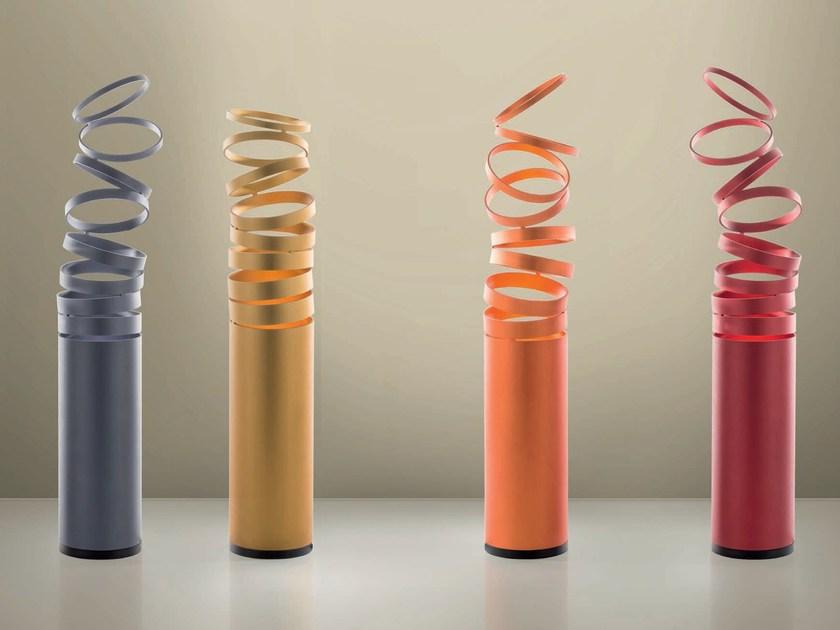 Decompose light lampada da tavolo di Atelier oi by Artemide